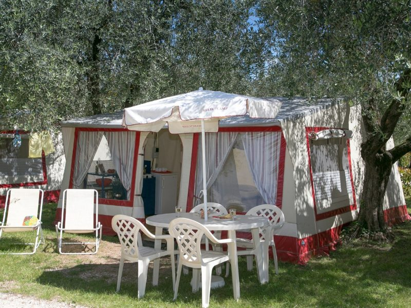 Accommodatie bungalowtent compleet