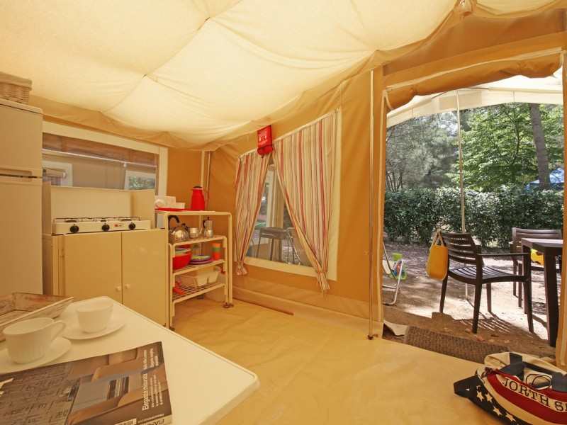 Accommodatie Glamptent inrichting