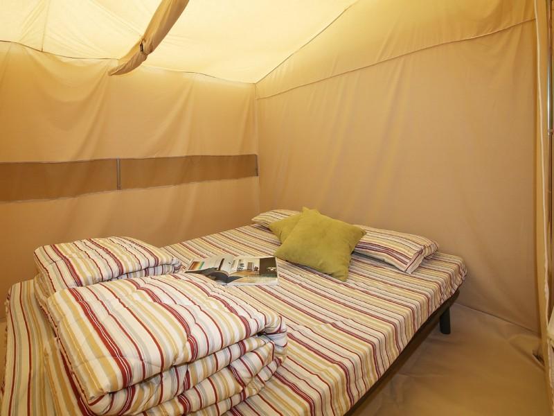 Accommodatie Glamptent slaapkamer