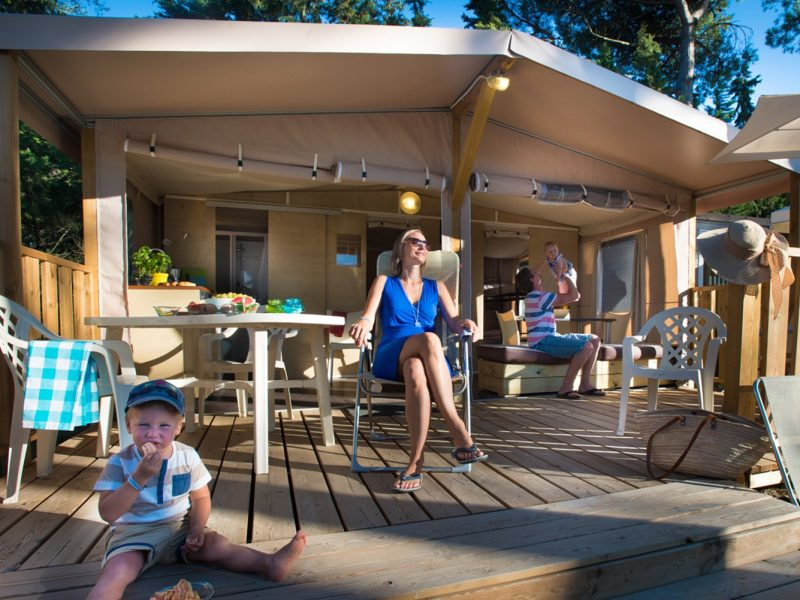 Accommodatie lodgetent deluxe familie