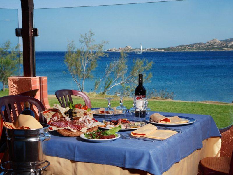 Centro Vacanze Isuledda restaurant eten