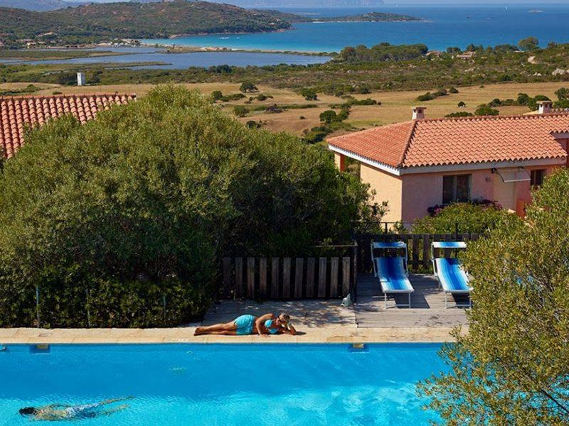 Residence Village Lu Nibareddu zwembad vakantiewoning