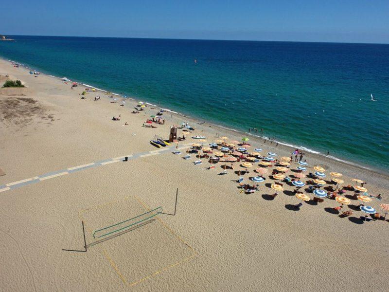 L'Ultima Spiaggia privé strand beach volleybal