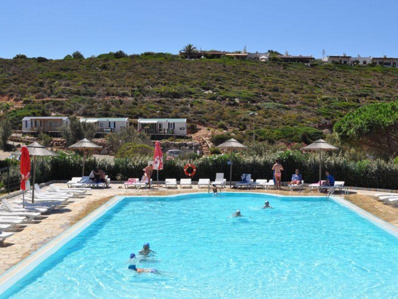 Tonnara zwembad stacaravan