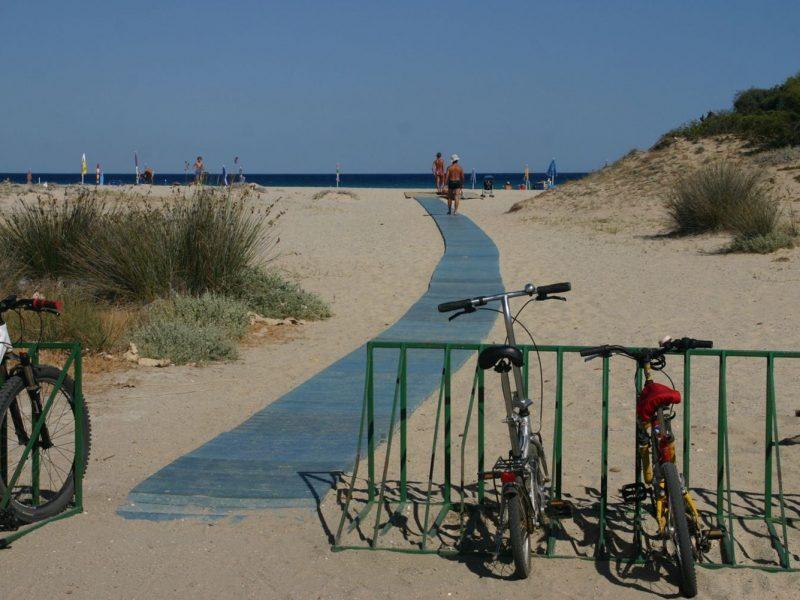 Camping Le Dune pad naar strand