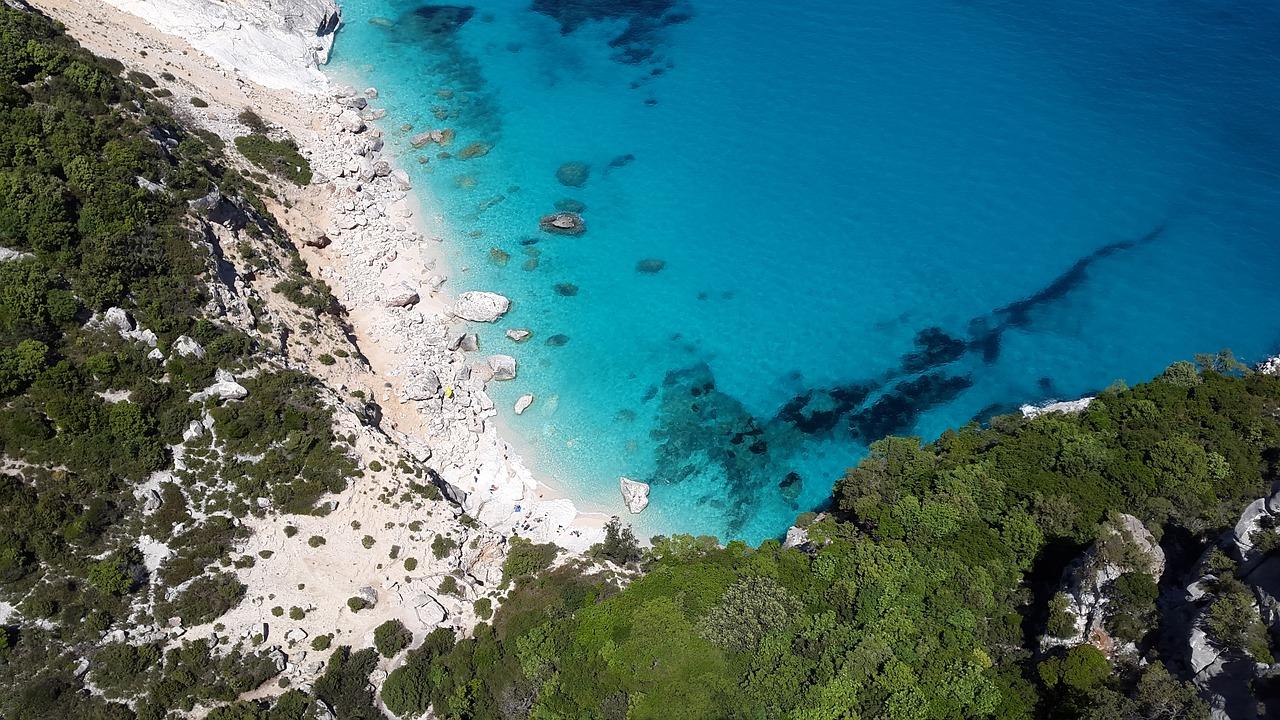 Citytrip combineren met strandvakantie Sardinië