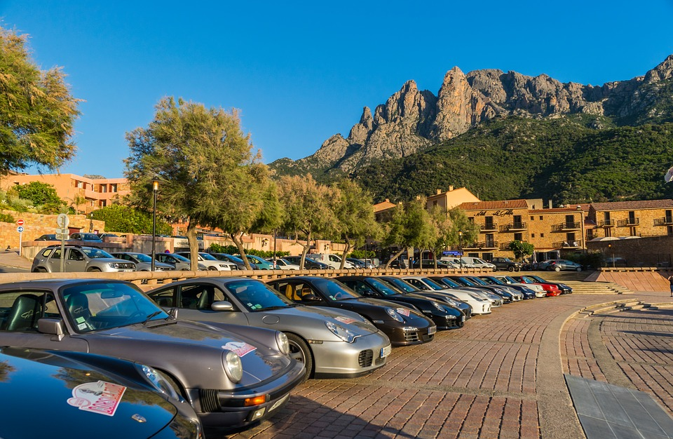 Sardinië - met de aut - Parkeer je auto in mooi landschap