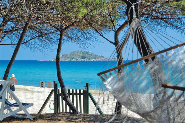 Nazomeren op Sardinië - Iscrixedda